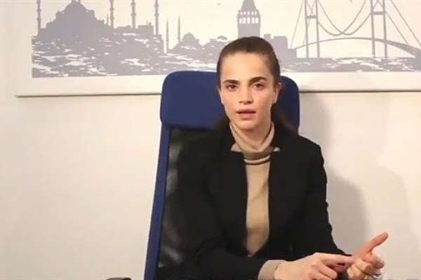 """Tuğçe Kazaz, Mustafa Kemal'i """"ahlaksız"""" ilan etti: Ahlaksızlık getirdi!"""