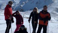 """İmamoğlu, deprem bölgesinden Palandöken'e geçti: """"Gelmişken kayak özlemimi gideriyorum"""""""