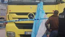 Kamyon şoförü kendini kamyonuna asarak intihar etti