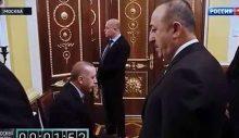 Çavuşoğlu'ndan 'kronometreli görüntü' açıklaması: Putin de öbür tarafta 1 dakika bekledi
