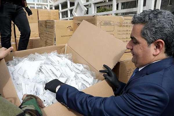 Türk Kızılayı, koronavirüsle mücadelede için Erbil'e 30 bin maske yardımı yaptı