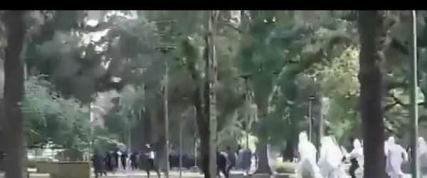 Arjantin'de karantinaya uymayanları polis kovaladı