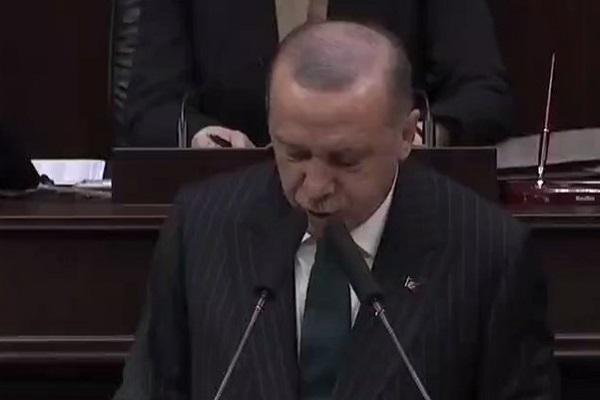 """Erdoğan: """"Mültecilere 40 milyar dolar harcayan Türkiye, bir 40 daha harcar"""""""