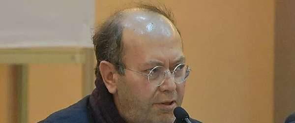 Yeni Şafak yazarı Yusuf Kaplan bilim düşmanı olduğunu 'geviş getirerek' anlattı