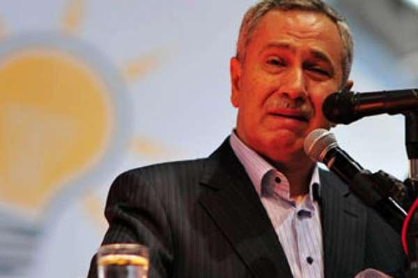 Bülent Arınç çıkışıyla AKP'lilerin saldırısına uğradı