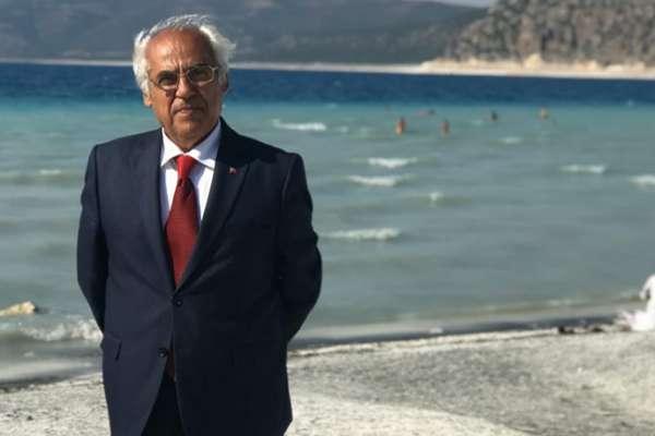 Salda'yı koruyan CHP'li Başkan ve eşine silahlı saldırı