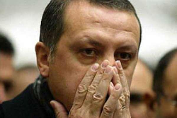 Darbeciler CHP'de değil, Saray'ın dehlizlerinde / Veysi SARISÖZEN
