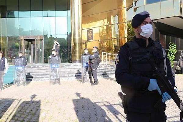 HDP'li Iğdır, Siirt, Baykan, Kurtalan belediyelerine kayyum atandı