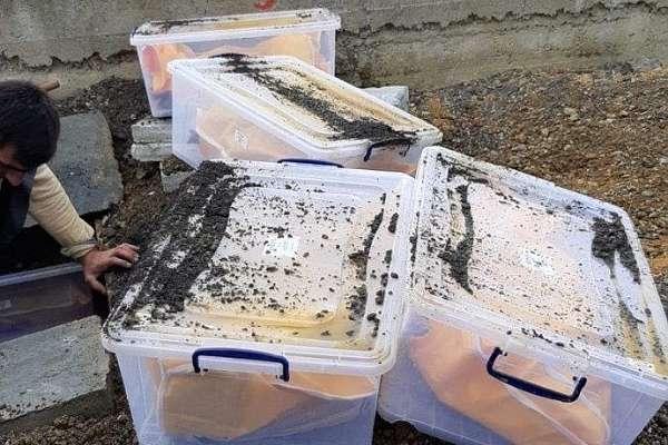 261 cenazenin İstanbul'da kaldırımın altına defnedilme görüntüleri ortaya çıktı!