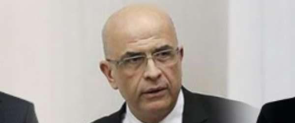 Vekilliği düşürülen CHP'li Enis Berberoğlu gözaltına alındı