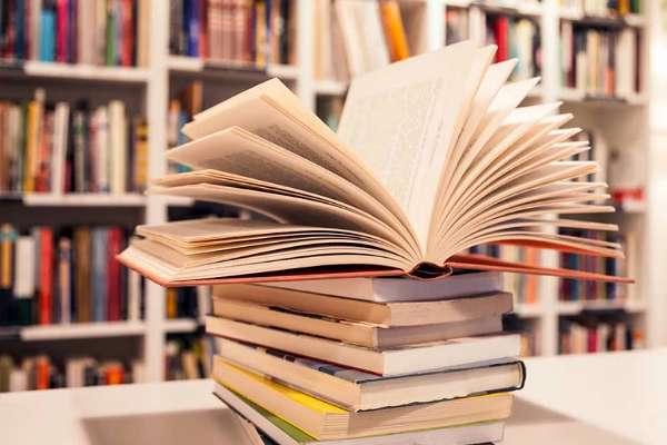 Konserve edebiyat / Emre ÖZARSLAN