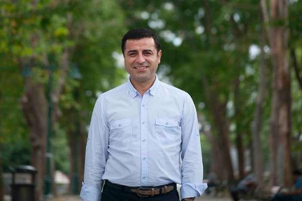 Demirtaş: HDP'nin yürüyüşü, 82 milyon için el ele verme çağrısıdır