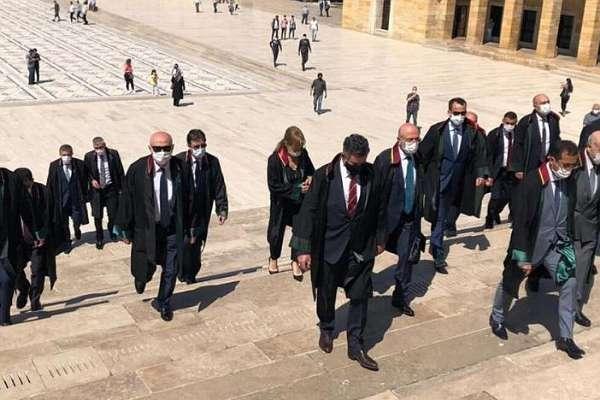 TBB'de istifa: Baro başkanlarının yürüyüşü Feyzioğlu tarafından terörize edilmeye çalışılıyor