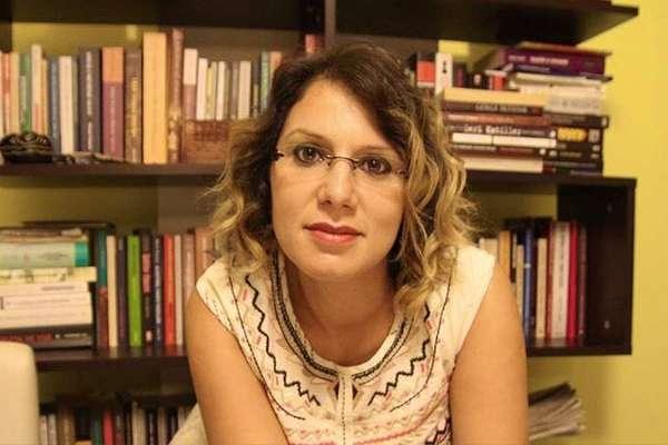 Baro eylemini izlerken gözaltına alınan gazeteci Sibel Hürtaş serbest bırakıldı
