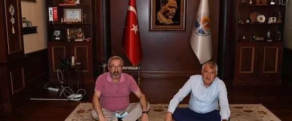 Adana Büyükşehir Belediyesi'ne haciz geldi; Başkan'ın odası boşaltıldı
