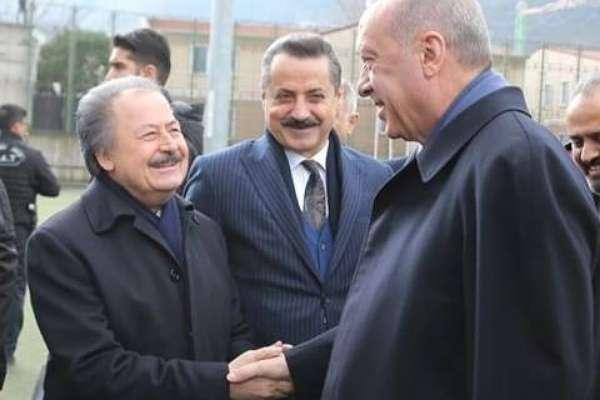 Olay TV'nin sahibi Çağlar: Yakınsam Tayyip Erdoğan'a yakınım ama AKP'li değilim
