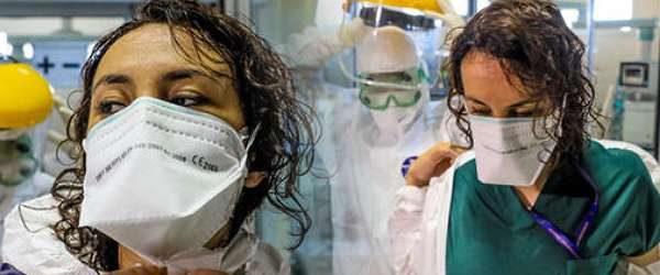 Bakanlık yayınladı: Doktorlara dağıtılan 'koruyucu' maske 'toz maskesi' çıktı!