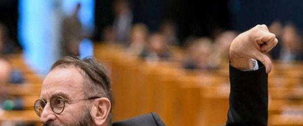 Eşcinsellik karşıtı Macar parlamenter, Brüksel'de eşcinsel seks partisinde basıldı