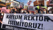Boğaziçili onlarca öğrenci gözaltına alındı