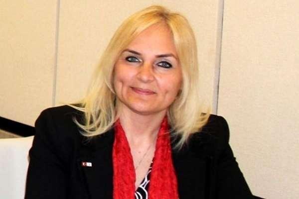Tutuklanan Boğaziçili öğrencinin annesi, AKP Sarıyer Belediye Meclis üyeliğinden istifa etti
