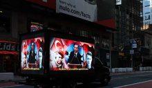 'Stop Erdoğan' ilanına karşı hamle: 15 Temmuz'u anlatan dijital ekranlı kamyonet dolaştırıldı