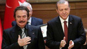"""Muhalefeti eleştiren Gencebay, """"Maalesef Cumhurbaşkanımızı 'bile' eleştiriyorlar"""" dedi"""