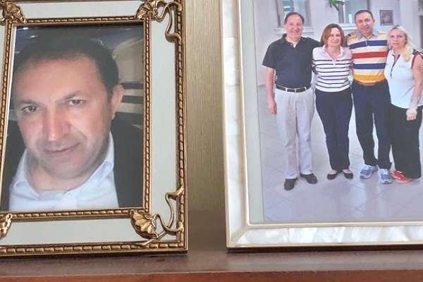 Aydınlık yazarı Soner Polat'ın eşinden Emekli Amiral Cem Gürdeniz'e destek