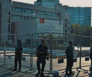 Devlet büyürken kamusallık hızla tasfiye ediliyor / Mustafa DURMUŞ