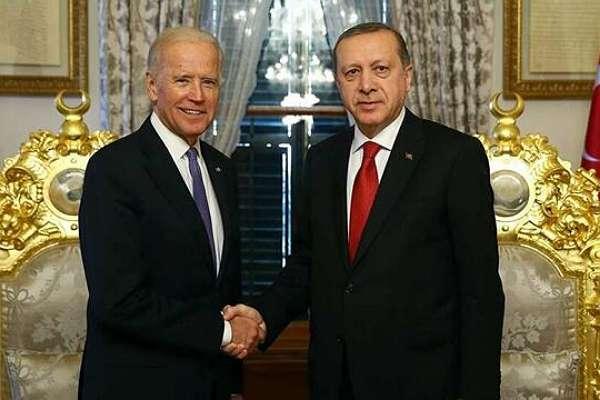 Gazeteci Çamlıbel, dikkat çekti: Beştepe, Erdoğan-Biden görüşmesine ilişkin yapılan açıklamaya ekleme yapmış