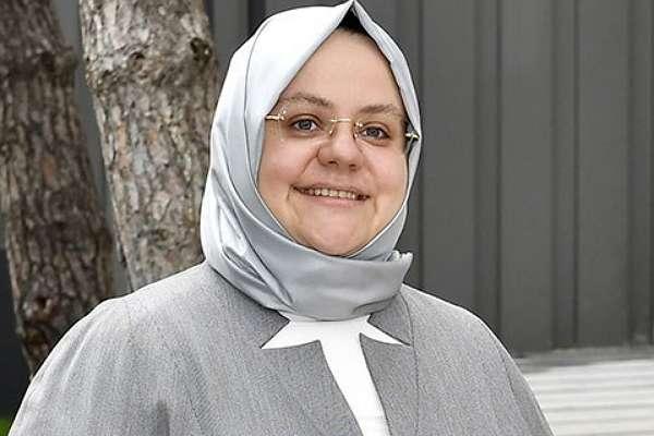"""Kapıdan kovup bacadan alıyorlar: """"Zehra Zümrüt Selçuk'a aylık 39 bin 423 lira huzur hakkı"""""""