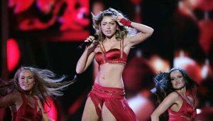 Eyüboğlu, Türkiye'nin Eurovision'a katılmamasının nedenini açıkladı: Hadise'nin kıyafeti!