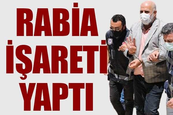 'Rabia işareti' yapan serbest kalıyor: CHP'li belediye başkanına sopalarla saldıranlar serbest bırakıldı