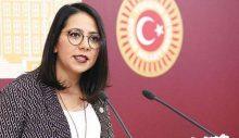 Sera Kadıgil, CHP'den istifa ederek TİP'e katıldı