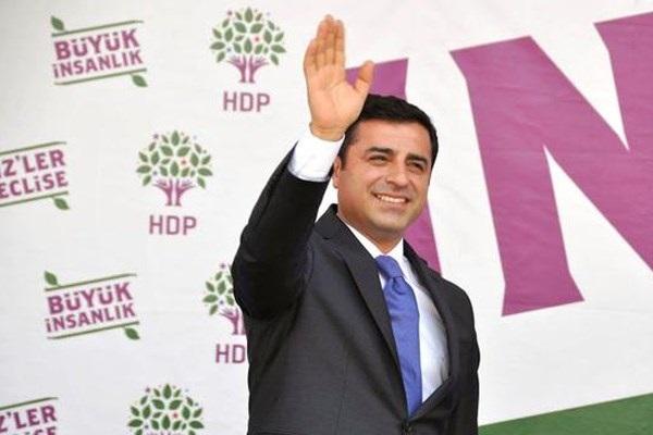 Selahattin Demirtaş'a insan hakları ödülü verildi