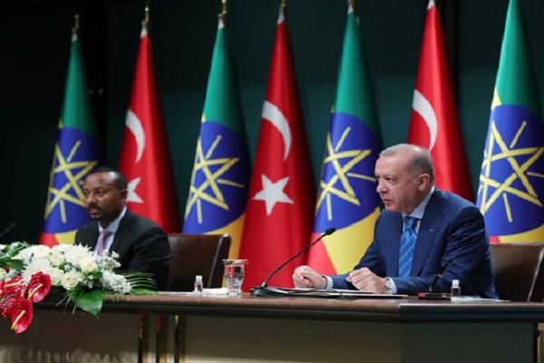 Etiyopya Başbakanı'nın 'Atatürk'ün karizması' sözleri çevirmen tarafından 'Erdoğan' olarak çevrildi