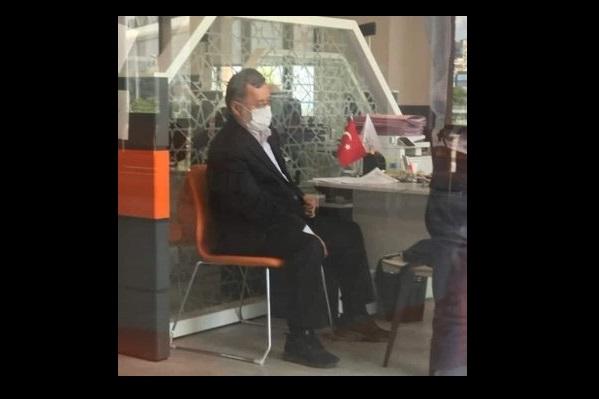 Afganistan'ın eski Cumhurbaşkanı Yardımcısı Server Daniş, Cevizlibağ Nüfus İşleri Merkezinde görüntülendi