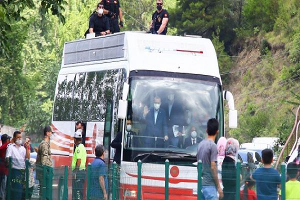 """CHP'li Öztunç: """"Erdoğan bölgede olduğu için 4 saat tüm çalışmalar durdu"""""""
