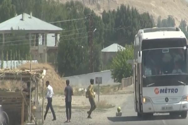 Metro Turizm otobüsleri kaçak Afgan taşırken yakalandı
