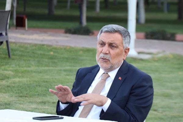AKP Elazığ İl Başkanı: Depremde ağır hasar alan binaların yıkım ihaleleri düzgün yapılmadı