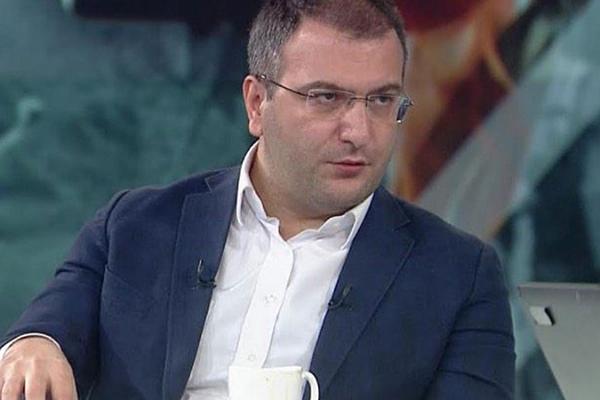CEM KÜÇÜK'TEN AKP'Lİ VEKİLLERE: HALK TV'YE, FOX TV'YE ÇIKIN; AK PARTİ MEDYASI ESKİSİ GİBİ DEĞİL